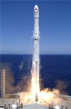 The Zenit rocket lifts off with EchoStar 10. Credit: Sea Launch