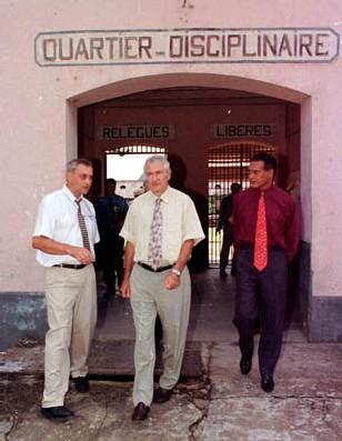 J.P. JACOB- visite M. DUFFOUR ministre de la Culture 03/09/2001-L. BERTRAND