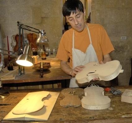 Frédéric Chaudière dans son atelier - photo Yvan Marcou