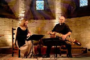 Les Troubadours chantent l'art roman.