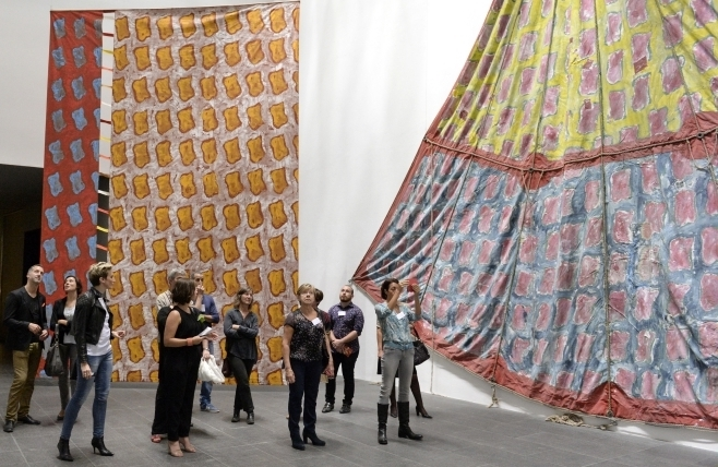 """L'exposition """" Viallat, une rétrospective """""""