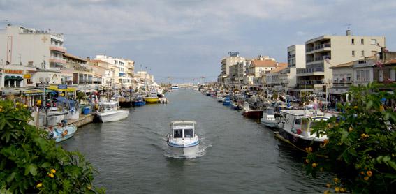 Palavas-les-Flots - petit port de pêche et station balnéaire © Yvan Marcou